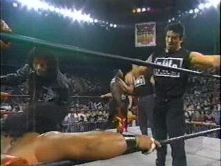 WCW Nitro 25.11.96 - nWo Attacks Faces of Fear & Harlem Heat